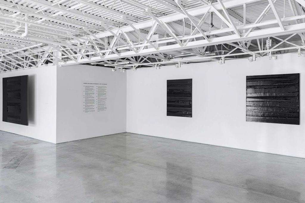 Soulages_Palm Beach 2021_Installation view 05